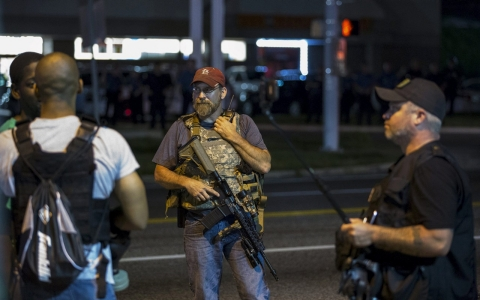 Thumbnail image for Oath Keepers return to Ferguson, fueling racial tension