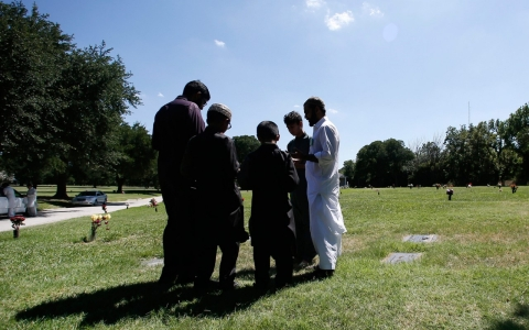 Thumbnail image for Plan to create Muslim cemetery sparks uproar in Texas city