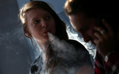 Thumbnail image for High schoolers who vape more likely to also try cigarettes, study finds