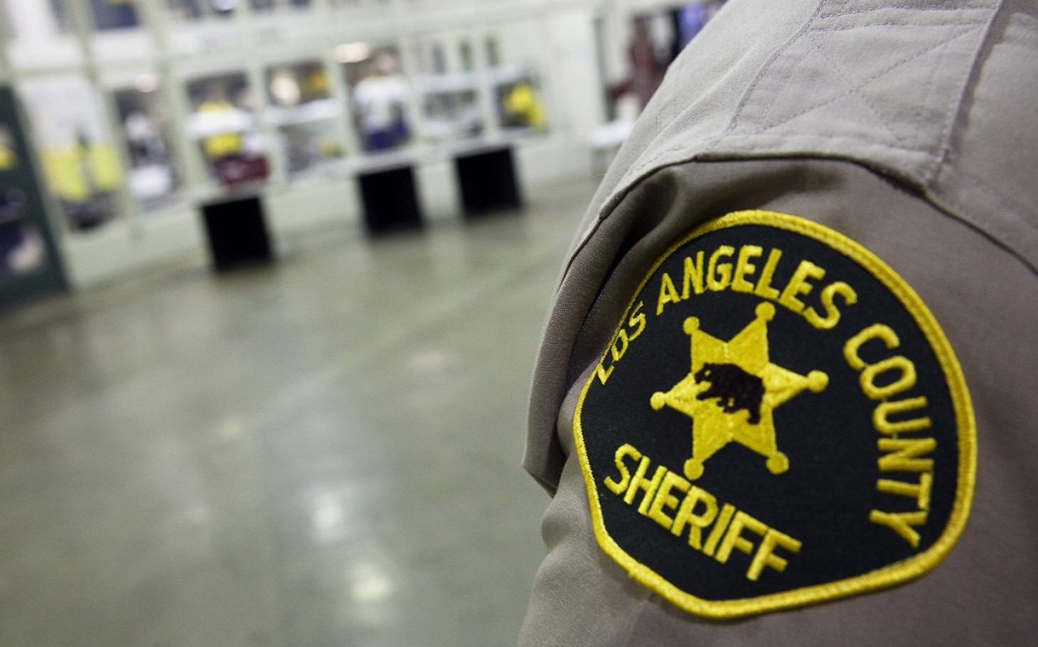 corruption seeps through the los angeles police department Connie dial is 27-year veteran of the los angeles police department prior to joining the force in 1969, she worked as a journalist and a reporter/photographer for a chain of newspapers in the san gabriel valley.