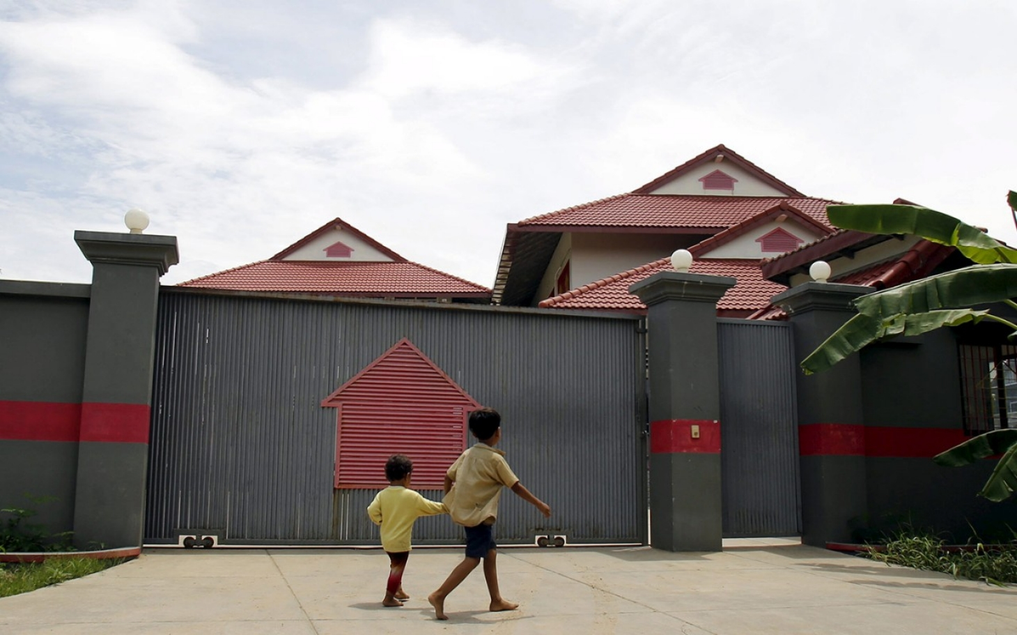 australian detention center unsafe for children