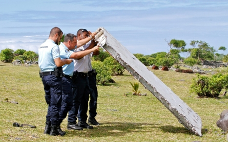 Malaysia confirms plane debris is from Flight MH370