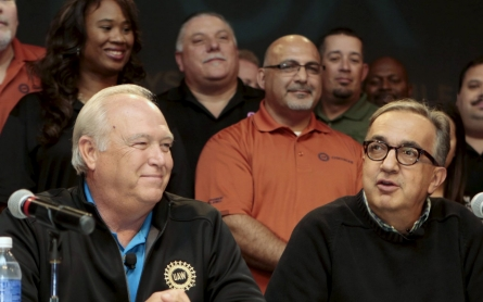 UAW, Fiat Chrysler reach tentative labor pact