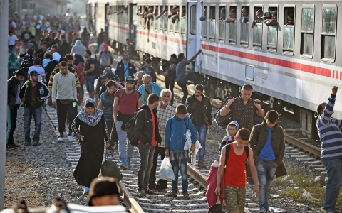 Thumbnail image for Croatia seeks to redirect refugees toward Hungary, Slovenia