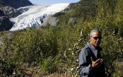 Thumbnail image for Obama pushes for new US icebreaker