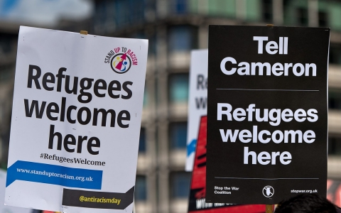 Thumbnail image for British grass-roots groups step up aid to refugees while government stalls