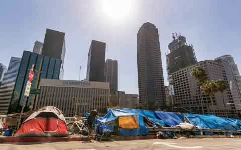 Thumbnail image for Los Angeles declares homelessness state of emergency