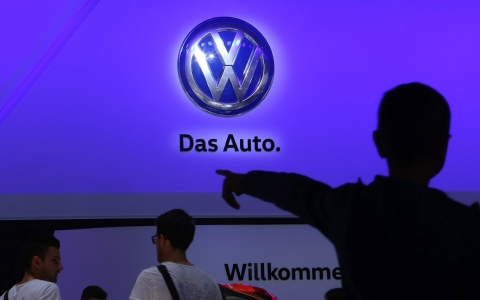 Thumbnail image for Volkswagen's under-fire boss 'endlessly sorry' for emissions scandal