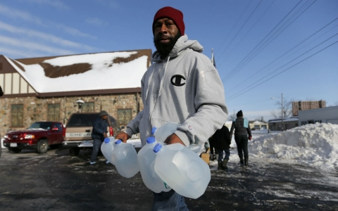 Thumbnail image for Researchers: Lead levels up after Flint switches to cheaper water supply
