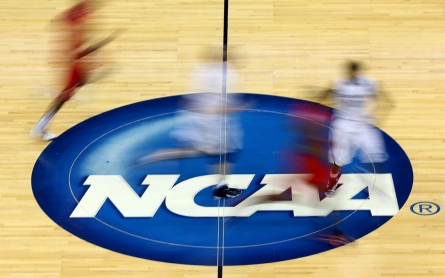 Federal court strikes down possible payments to NCAA athletes