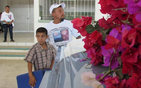 Thumbnail image for Family of slain Washington farmworker seeks $25 million in lawsuit