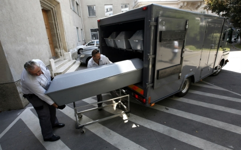 Thumbnail image for Bulgaria charges three men over dead refugees in truck in Austria