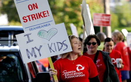 Seattle teachers strike on first day of school