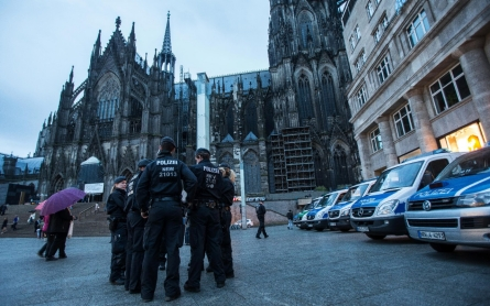 Anti-immigrant attacks in Cologne injure three
