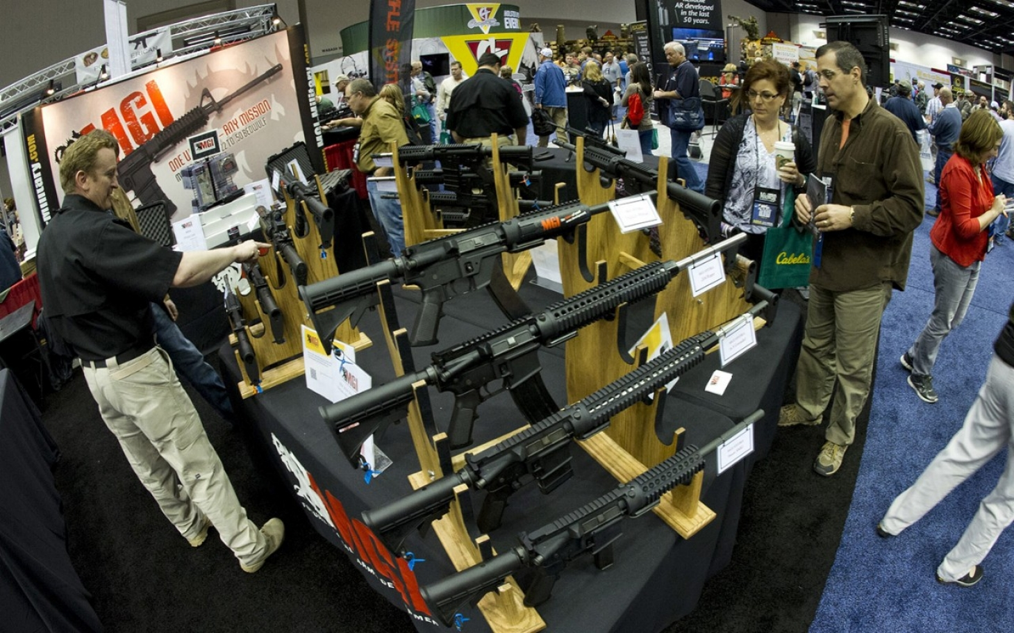 an introduction to the essay on the topic of guns in america Introduction in america guns have been a part of the country's society since it's   the topic of gun control is controversial, and issues involving it have gone to.