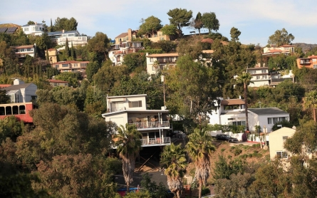 El Niño threatens homes built on California hillsides