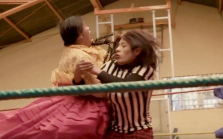 Fighting for respect: The wrestling cholita