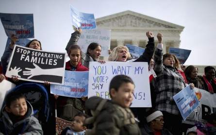 Supreme Court agrees to review challenge to Obama immigration action