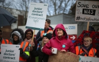 UK doctors suspend planned two-day strike amid       talks