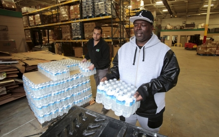 Political fallout, blame swirls over Flint water crisis