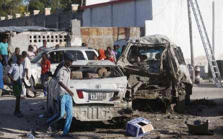 At least 20 killed as Somali forces end restaurant seige