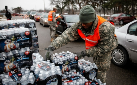 Thumbnail image for Michigan governor suspends state workers over Flint water crisis