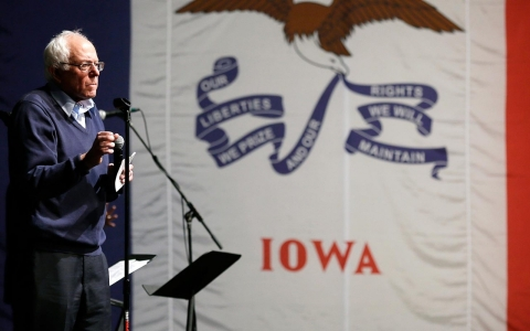 Thumbnail image for In Iowa caucuses, outsider candidates seek inside track
