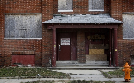 Baltimore to tear down thousands of vacant buildings