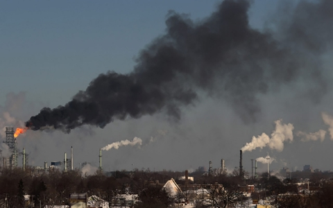 Thumbnail image for Detroit refinery poised to increase air pollution to make cleaner fuel
