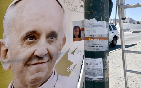 Thumbnail image for Mexican peasants and mothers of missing say diocese barring them from pope
