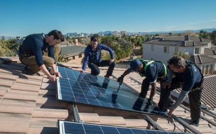 States weigh rate changes for rooftop solar