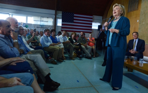 Hillary in NH