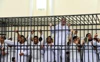 Egypt overturns death sentences