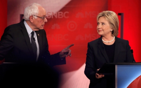 Thumbnail image for Clinton battles on, and for, Sanders' turf in New Hampshire debate