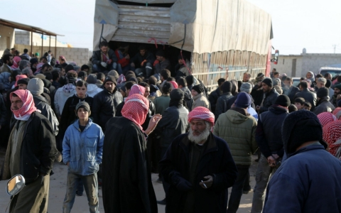 Thumbnail image for Turkey delivers aid to Syrians fleeing government assault
