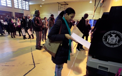 voters in Harlem