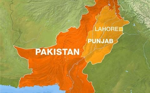 Thumbnail image for Dozens killed in Pakistan-India border blast