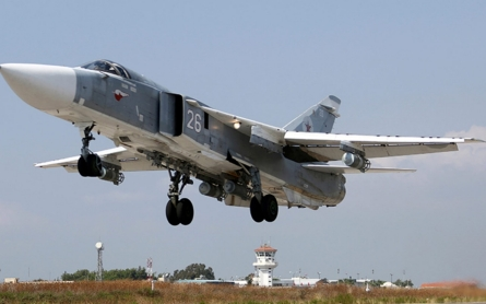 Reports: Russian fighter jets strike Syrian provinces