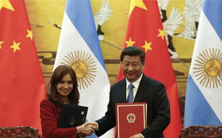 Argentina president insults Chinese in Twitter gaffe