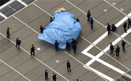 Radiation-laced drone lands on Japan PM's office