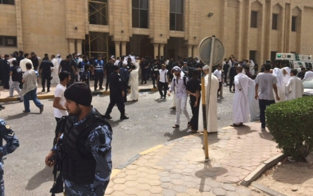 Deadly blast hits Kuwait mosque during Friday prayers