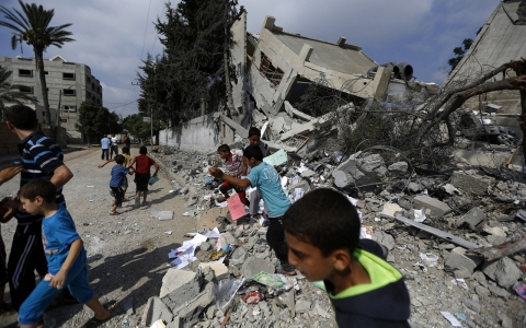 Thumbnail image for Gaza still in ruins, a year after the war