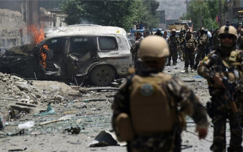 Thumbnail image for Suicide car bomber rams NATO convoy in Kabul