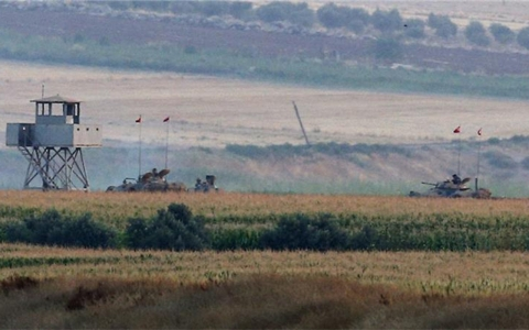 Thumbnail image for Turkish fighter jets pound ISIL positions in Syria