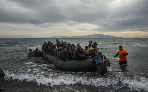 Thumbnail image for Toddler is first refugee to drown in 2016