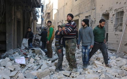 Russian-backed Aleppo offensive 'kills hundreds'