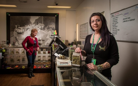 Thumbnail image for Rocky Mountain high: Colorado's legal pot experiment