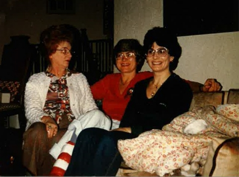 Candy Hemmig (right) with her sister Karil Klingbeil (center) and their mother.