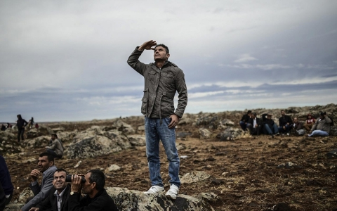 Thumbnail image for Photos: Witness to war, Kurds watch the devastation of Kobane