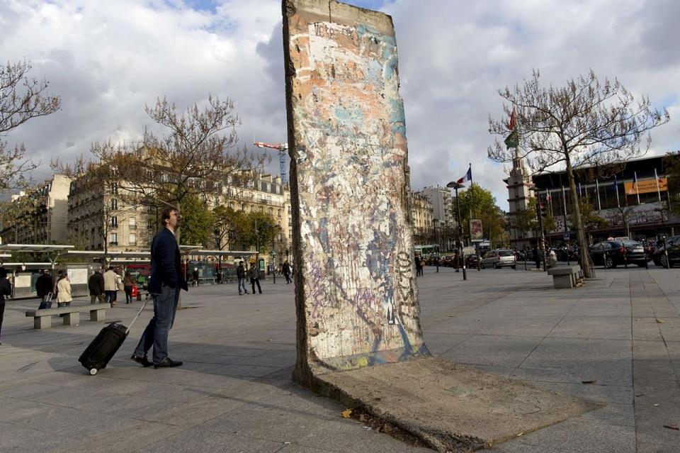 Berlin City Honda >> Photos: The Berlin Wall now goes around the world | Al Jazeera America